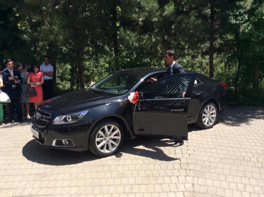 Ravshan Irmatov's new car