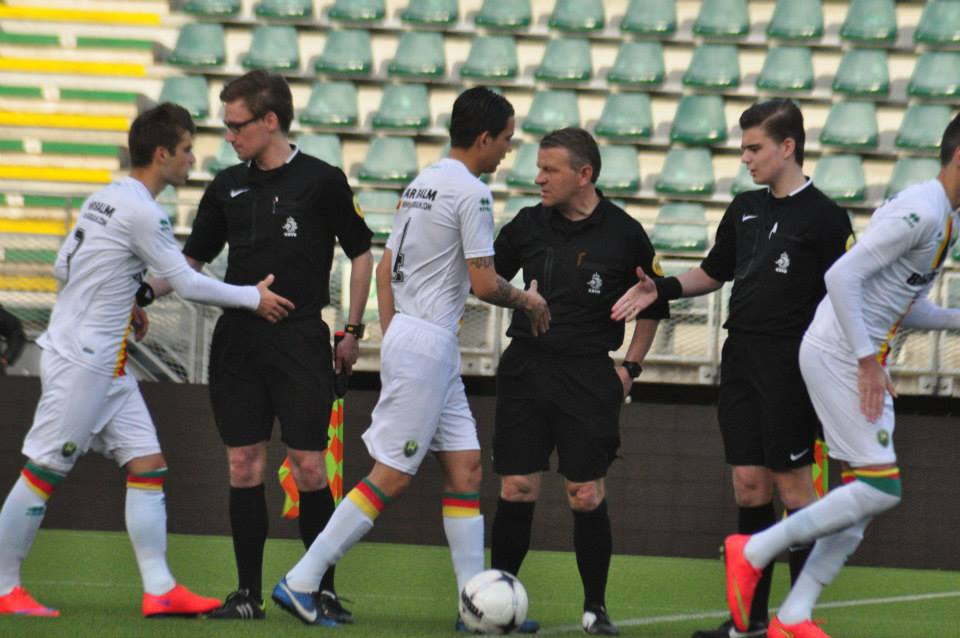Jong ADO - Aruba handshake