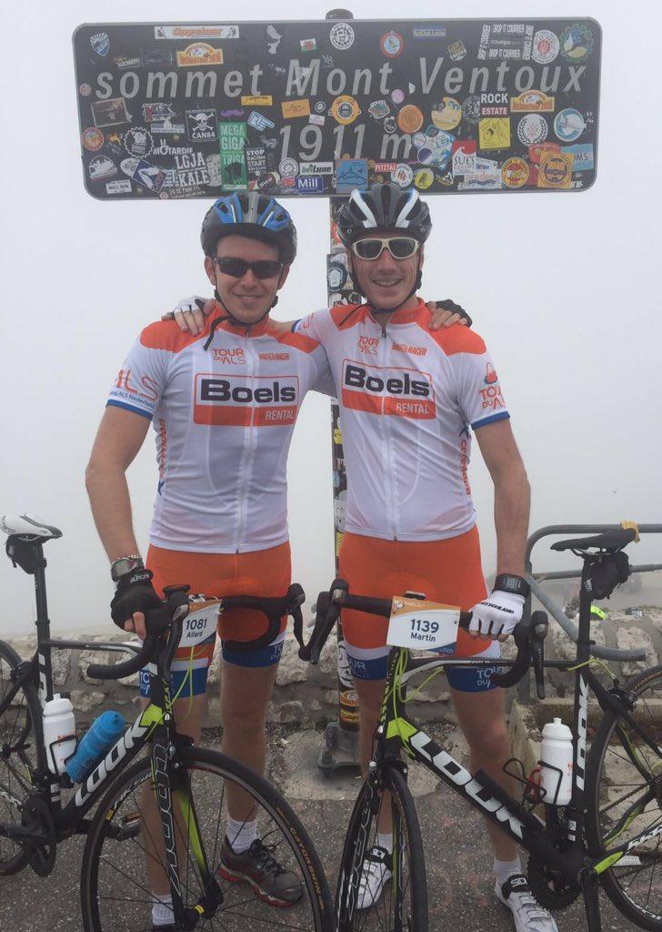 Allard Lindhout cycles Tour de ALS