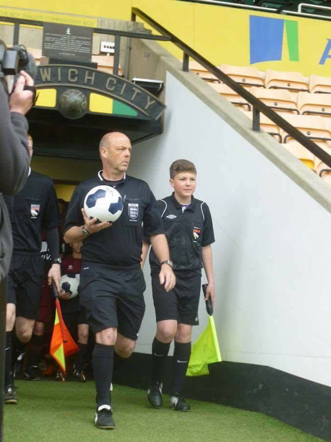 Harvey Newstead coming out of tunnel