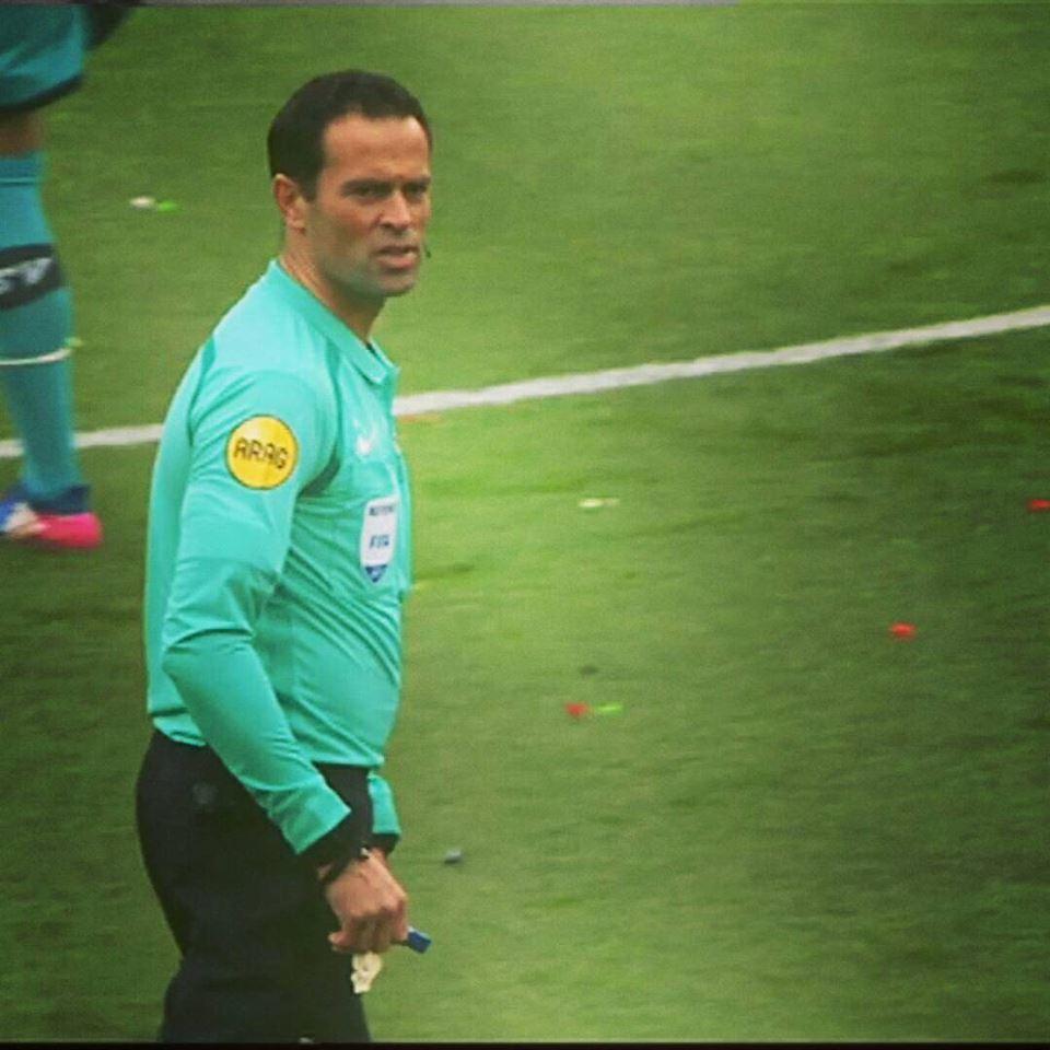Bas Nijhuis usually applies Football's Law 18
