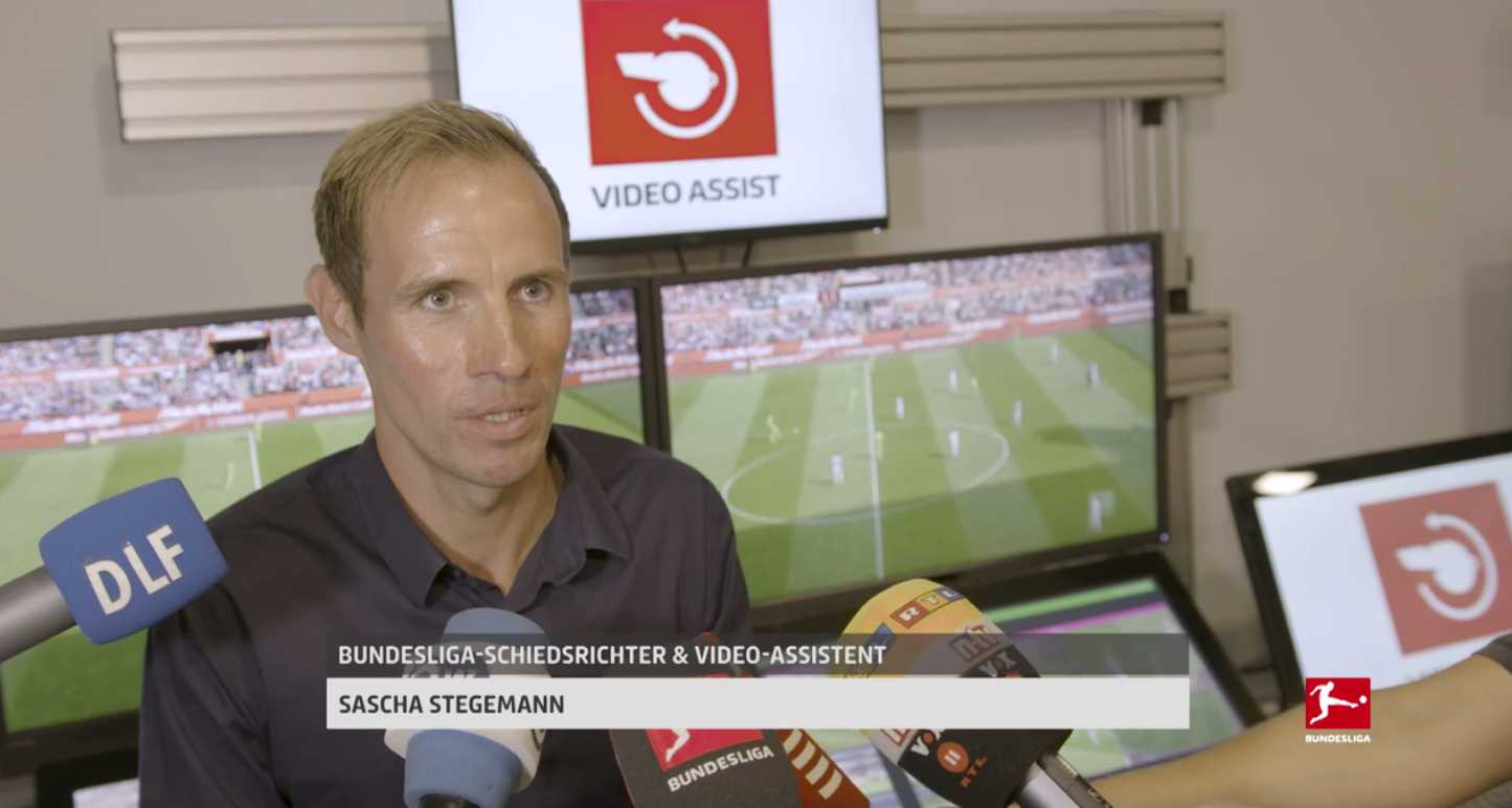 Sascha Stegemann in Video Assist Center
