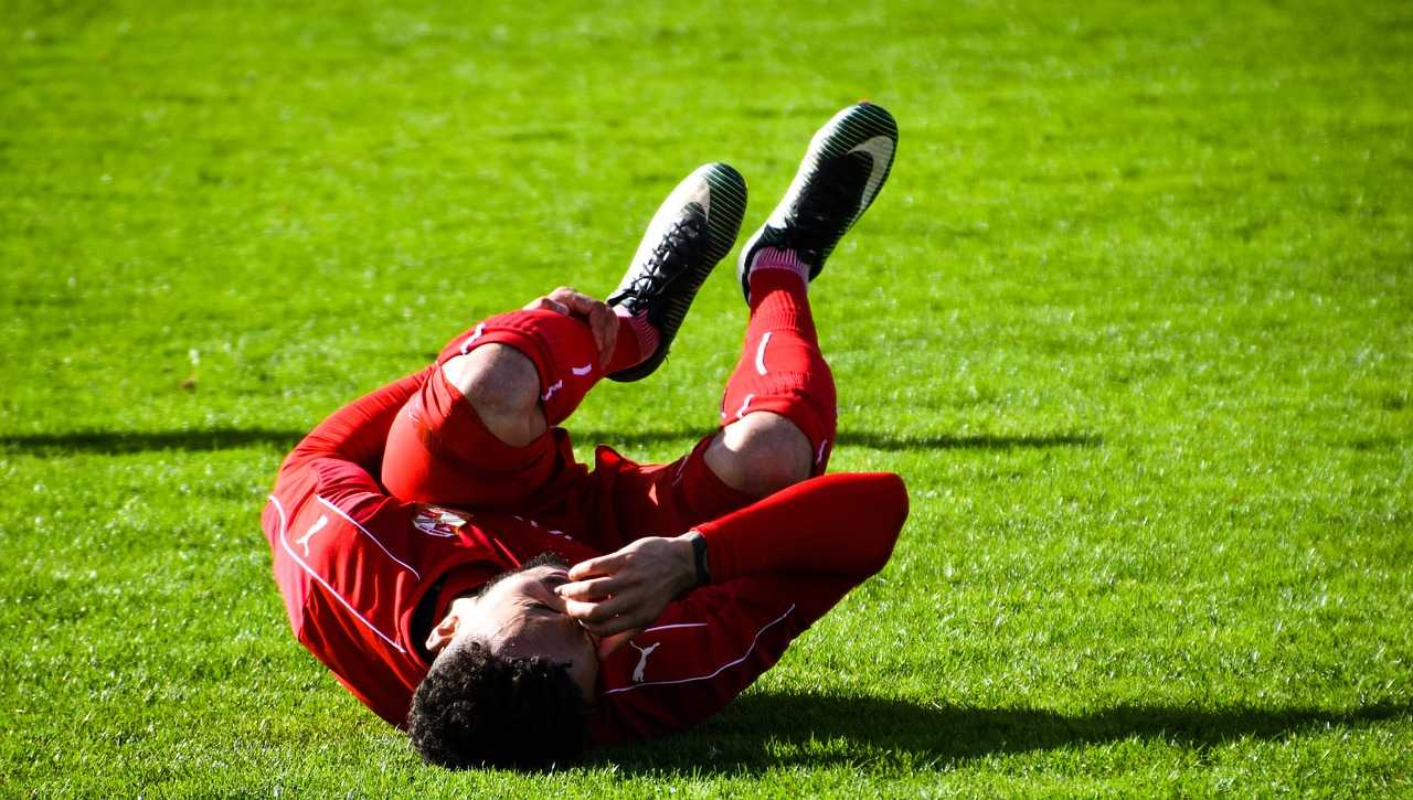 Injured football player. Photo Pixabay