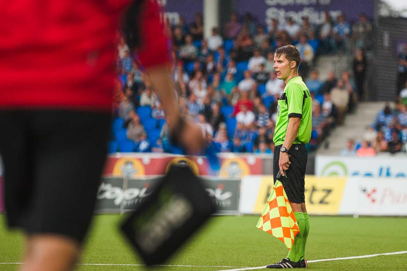 Assistant referee Mika Lamppu. Photo by: Olli Jantunen.