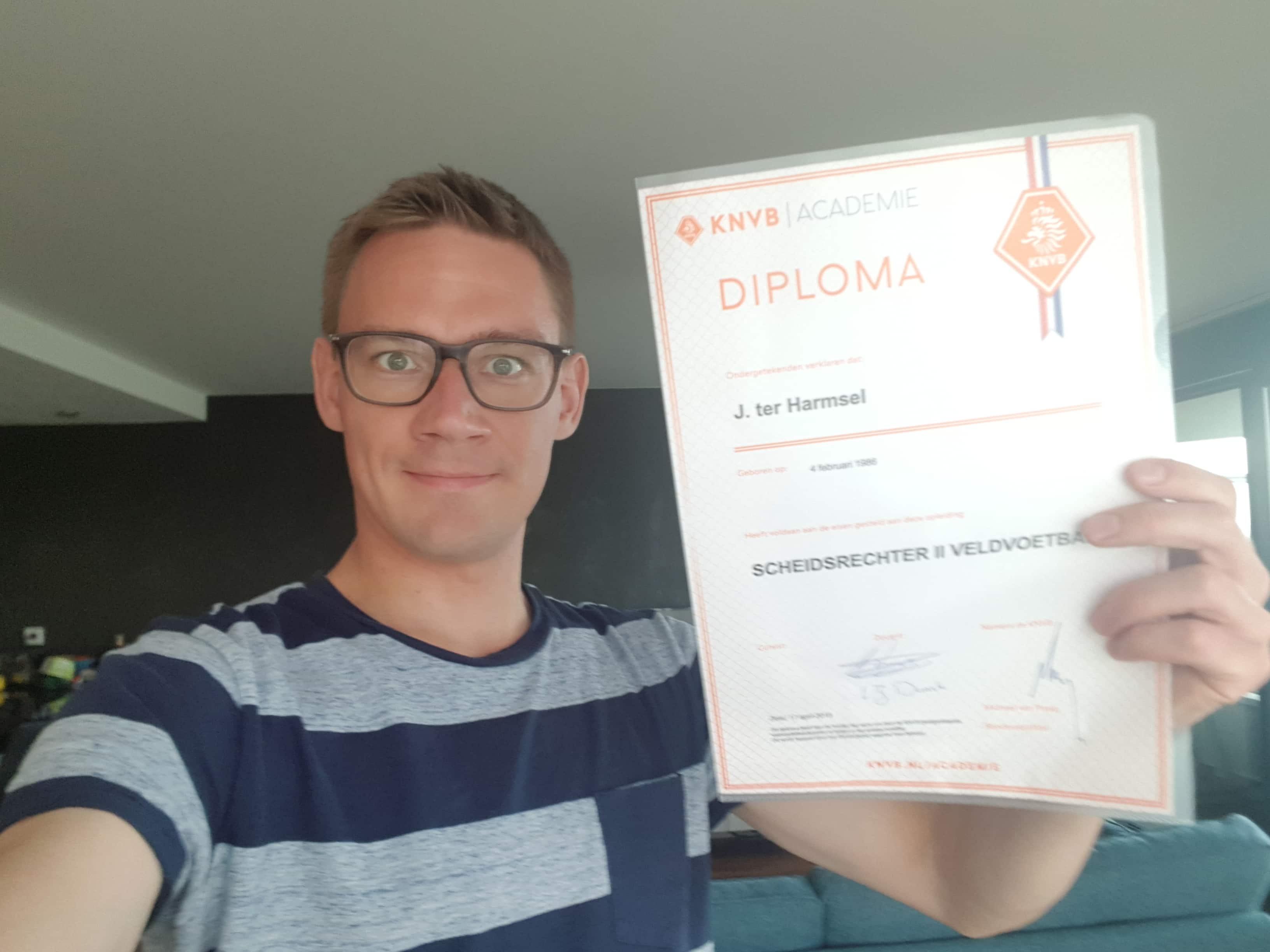 Me and my SO2 diploma