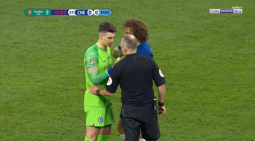 When a player refuses to leave - Jon Moss talks with Kepa